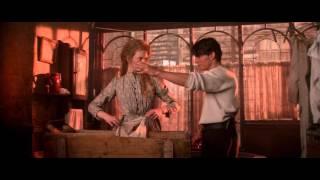 Если хочешь постирать свою одежду тебе придётся намочить руки (Далеко – далеко 1992)