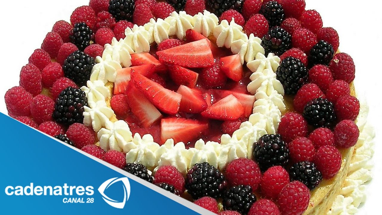 Receta de pastel relleno de mascarpone con frutos rojos for Arbol de frutos rojos pequenos