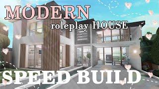 Bloxburg: Modern 2 story Family House   Speed build