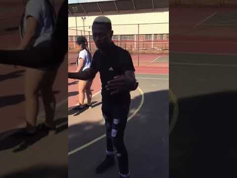 Limpopo boy Bujwa killing ganda ganda style after shooting ubabaKaduduzane'music video at wits unive