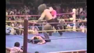 Texas Red (Undertaker) w/ Percy Pringle (Paul Bearer) vs. Bruiser Brody 1984 WCCW *RARE!*