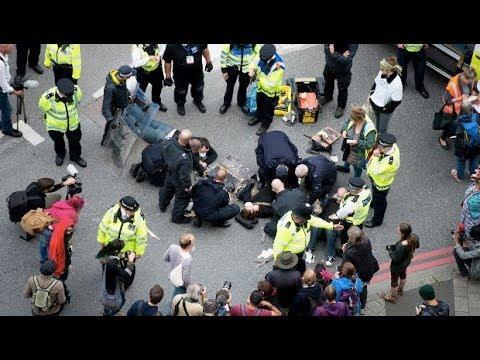 Activists Blockade Massive Arms Fair in London