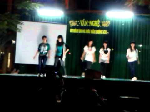 Tiết mục nhảy hiện đại -Trường THPT Cầu Kè