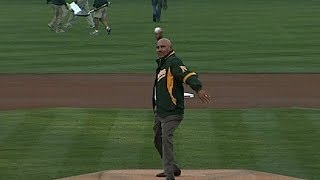 DET@OAK Gm3: Campaneris throws out the first pitch