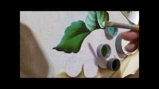 Pintando folhas com Claudia Beatris