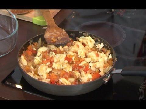 Вкусно: Готовим китайскую яичницу с овощами