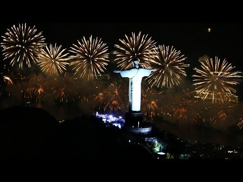 Rio New Year 2019 fireworks in   World&39;s Largest New Year&39;s Celebration