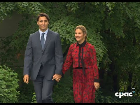 PM Trudeau visits Rideau Hall for expected election call