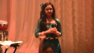 Sreya singing sasivadane sasivadane song at a party feb2014