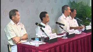 PM Lee Hsien Loong at PAP press conference May 2, 2011 (Part 4)