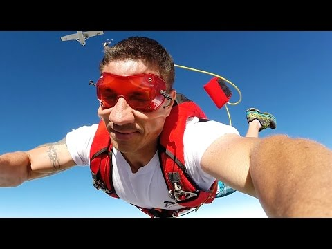 Friday Freakout: Surprise!! Skydive Student Pulls Instructor's Cutaway Handle On Exit