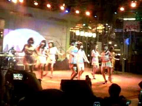 Cherrybelle - Dilema @La Piazza Kelapa Gading.3GP