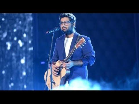 Arijit singh live HD   Aankhon me teri ajab si unplugged   om shanti om   medley