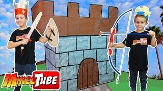 👑 Leo construye su Castillo 🏰 de Carton! thumbnail