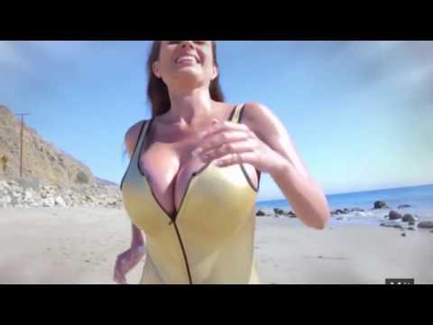 Cosas que sólo le pasan a mujeres con senos grandes