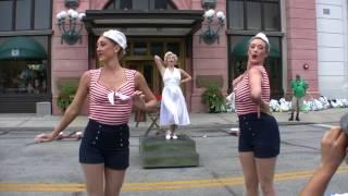 Marilyn and the Diamond Bellas at Universal Studios Florida
