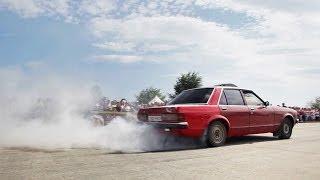 Burnout Ford Granada - жжет резину (Турбофлай, Кривой Рог)(, 2014-03-13T17:25:29.000Z)