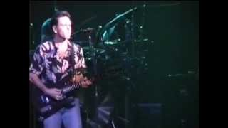 Victim or The Crime (2 cam) Grateful Dead - 10-28-1990 Zenith, Paris (France) set2-11