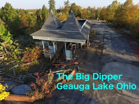 91YR OLD ROLLERCOASTER DEMOLITION, The Big Dipper, Geauga Lake