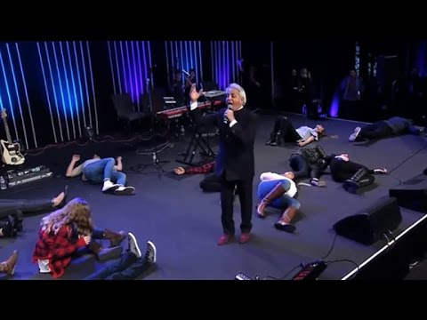 Benny Hinn – Heavy Anointing of the Holy Spirit