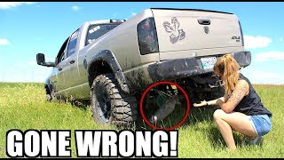 GIRLFRIEND MUDDING IN MY LIFTED TRUCK *GONE WRONG!*