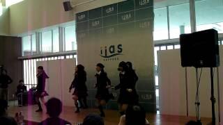 2014年1月25日、イーアス札幌 イーアスコート(Aタウン1F)にて開催されたミルクス『フリーライブ in イーアス ①』です。 2曲目:団地でDAN!RAN!