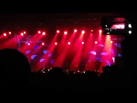 Kasabian - Intro & Ill Ray (The King)