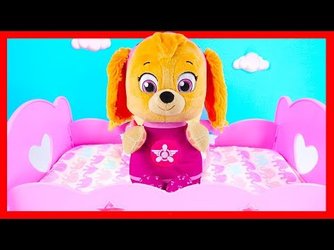 Bed Time Routine with Bad Baby Paw Patrol Skye Bubble Bath and Diapers | Ellie Sparkles