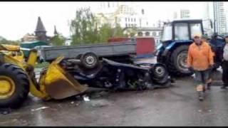 эвакуатор по белорусски.wmv(пиндык... вот так эвакуируют транспорт в Минске., 2010-05-07T20:23:46.000Z)