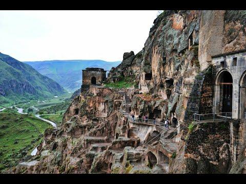 Вардзия пещерный монастырь