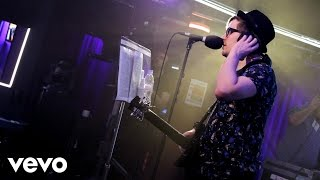 Repeat youtube video Fall Out Boy - Uptown Funk (Mark Ronson ft Bruno Mars cover in the Live Lounge)