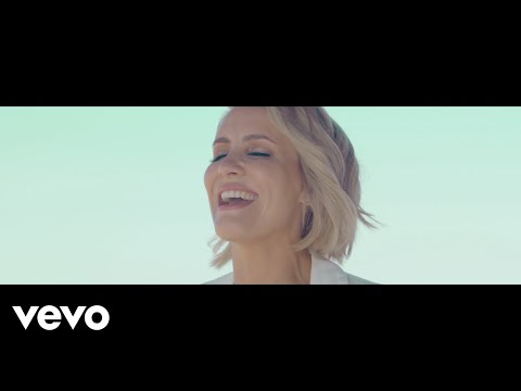 Claire Richards – On My Own
