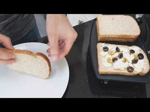 [4K] Cooking A Toasted Sandwich In The Breville VST025 Sandwich Press