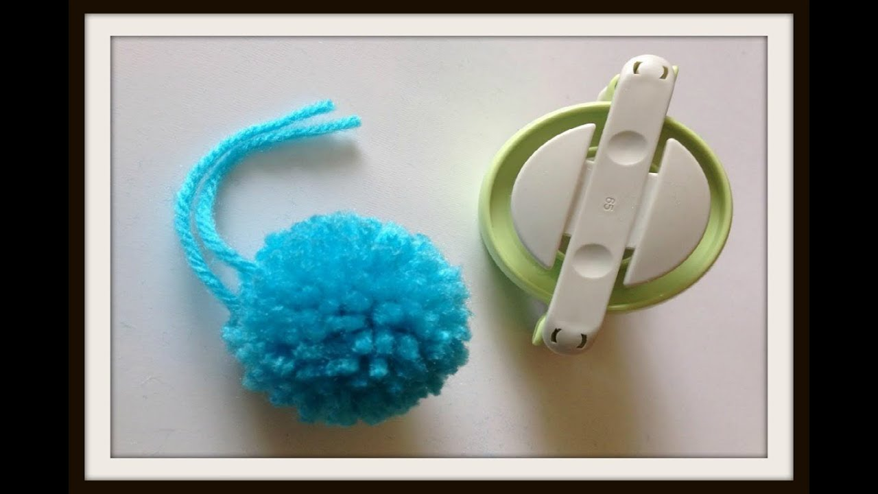 clover pom pom maker tutorial youtube. Black Bedroom Furniture Sets. Home Design Ideas
