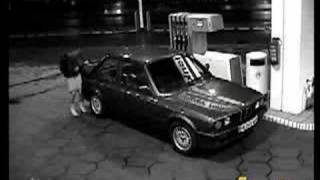 Lady tries to fill her car with petrol