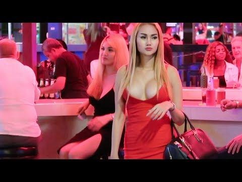 Pattaya Night Walk With Girls - Vlog 174