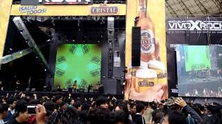 6 VOLTIOS Generacion Perdida / Lejos VIVO POR EL ROCK 5