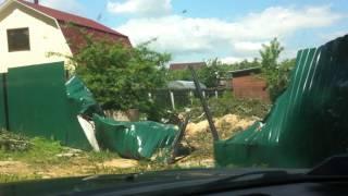Падение дерева на забор в СНТ(, 2016-06-24T16:26:25.000Z)