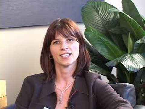 Staff Video Greeting: Emina, Hair-Transplant Coordinator