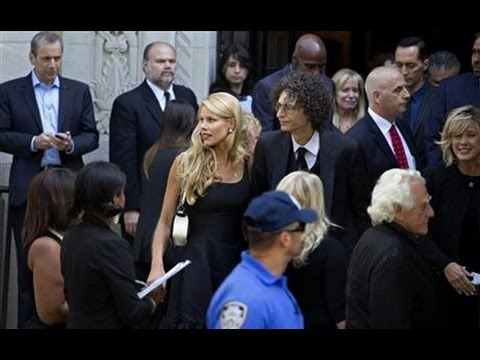 Joan Rivers' Funeral Proves To Be Hollywood All The Way