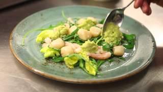 Slippbarinn - Seafood Salad In The Making