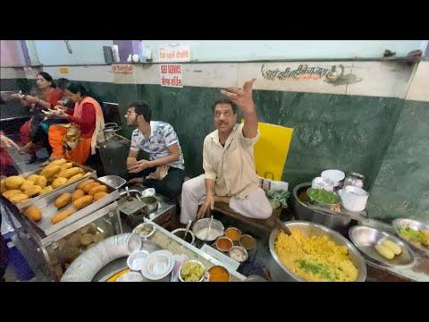 Flying Dahi Vada of India | Most Entertaining Chaat Wala | Indian Street Food