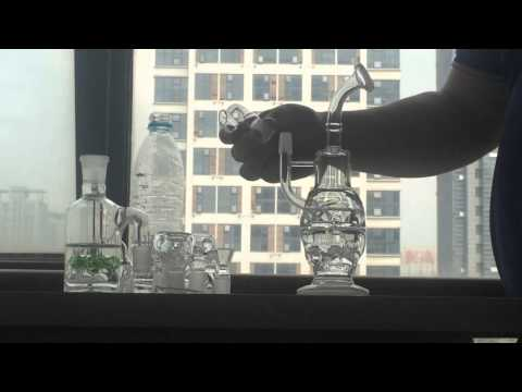 Fab Egg Glass Bong 9.5 Inches Skull Bong Water Pipe Glass Dab Two Function Dry Bowl Oil Rig Carb Cap