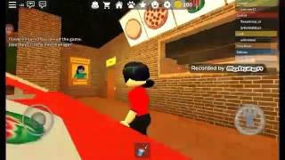 Playing roblox pizza place/gamingwithflower342