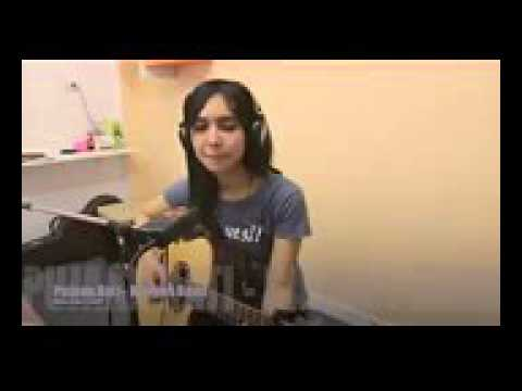 MUVIZA COM  Cewek Thailand Nyanyi Lagu Kangen Band   Pujaan Hati HD