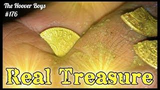 Download Video Real Treasure Found Metal Detecting Virgin Beach! Colonial Gold - Big Silver - Old Coins Galore MP3 3GP MP4