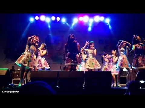 JKT48 @ Japanese 4 Seasons Festival 2017 BXc, part 1