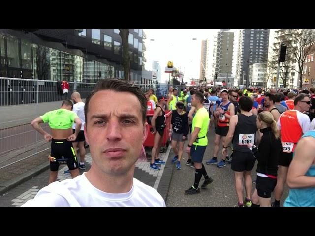 Jeroen filmt zijn marathon | Rijnmond Running Team