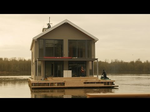 Floating Homes: Dreams Built on the Water – Home Makers