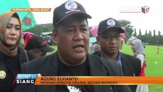 Kebaya Raksasa Pecahkan Rekor Kebaya Terbesar di Indonesia